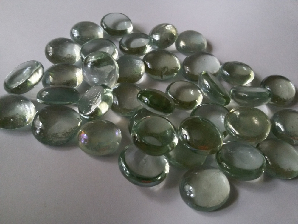 Стеклянные камни Марблс прозрачные белые, цена 22 грн., купить в ...